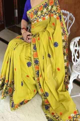 "Unique Yellow Color Soft Silk Designer Sarees-cnd641  30"""